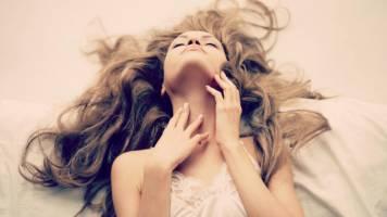 Phương pháp massage làm đẹp của phụ nữ Pháp